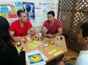 """Die Initiative """"DeutschCafé"""" bietet eine niederschwellige Möglichkeit Deutsch zu lernen und zu üben, sowie für das Knüpfen von Sozialkontakten."""