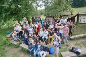 """Die Initiative """"Fremde werden Freunde"""" schafft Raum für Begegnungen, um gesellschaftliche Inklusion von Flüchtlingen zu erreichen."""